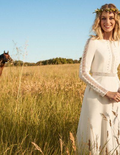Robe de mariée crêpe bohème chic Diva Toulouse